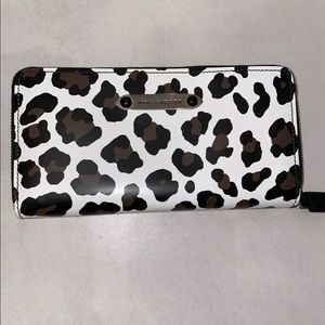 Marc Jacobs Wallet (NEW)